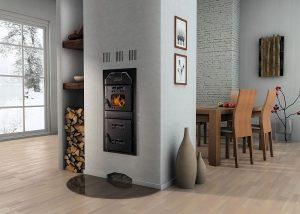 Mit den richtigen Heizeinsätzen genießen Sie im Wohnzimmer das Flammenspiel der Biomasseheizung. Foto: Buderus